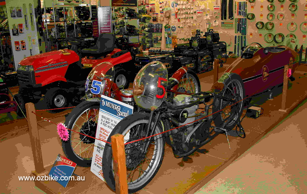 The World's Fastest Indian Motorcycle 14