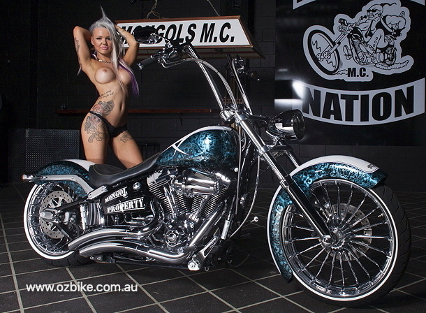 Harley Breakout Mongols MC 1